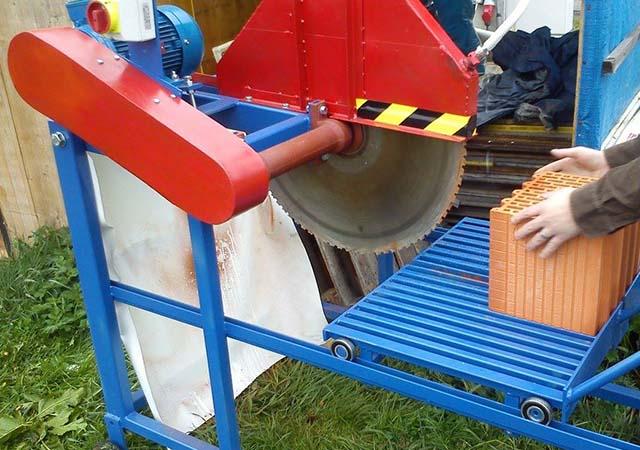 Zámečnictví - výroba ocelové konstrukce