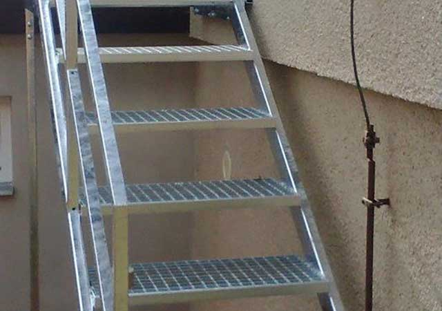Zámečnictví - výroba schodiště